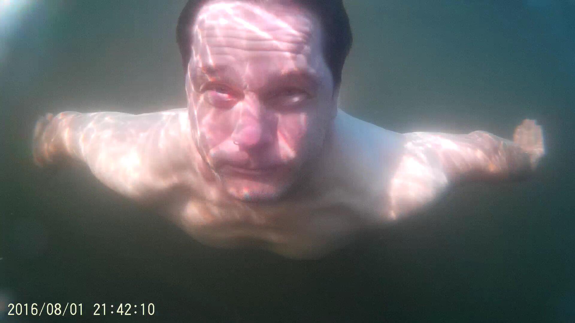 REAL Unter Wasser